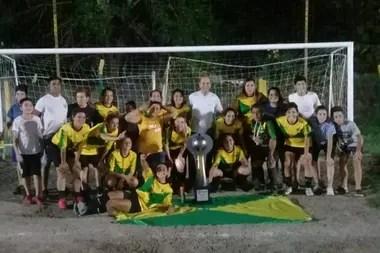 El equipo de fútbol femenino de Unión del Suburbio