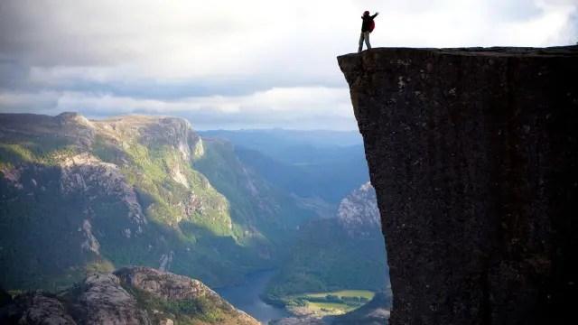 El precipicio de Preikestolen, en Noruega