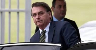 Jair Bolsonaro demoró las medidas de ayuda y la inyección de dinero no ha sido suficiente