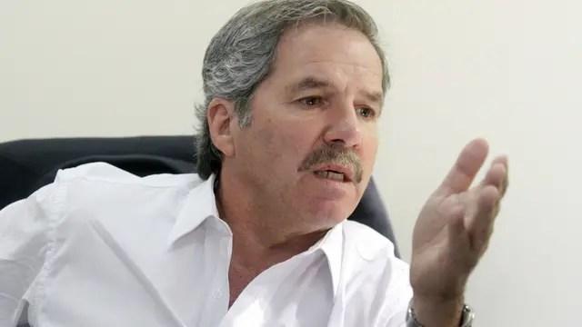 Felipe Solá, candidato del frente 1País
