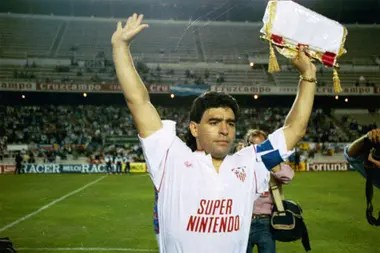 Maradona captain greets you in a match; your cycle in Seville did not arrive at the year