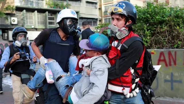 Mueren 5 jóvenes en un día por la represión de Maduro tras su llamado al combate