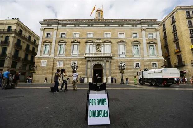 Un pedido ayer de última hora en la sede del gobierno de Cataluña