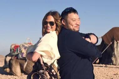 Chrissy Teigen y David Chang, de paseo por Marruecos