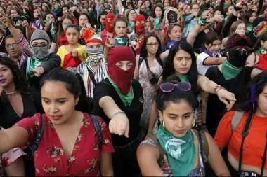 Mujeres chilenas en una marcha contra la violencia