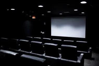 El cine del Survival Condo