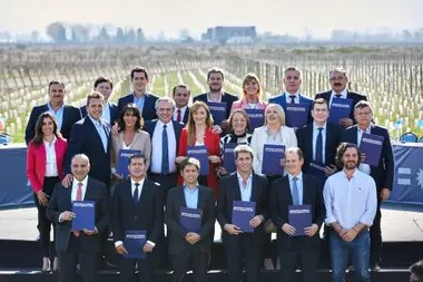 Alberto Fernández en Mendoza junto a gobernadores