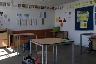 Las escuelas en Dinamarca son los primeros establecimientos en abrir tras un mes de aislamiento