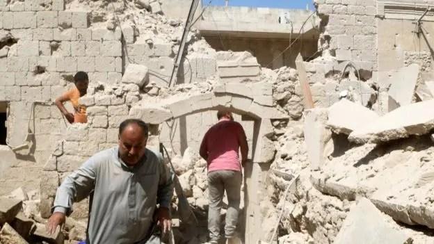 Las incursiones aéreas rusas supuestamente atacaron zonas controladas por los rebeldes en Alepo.
