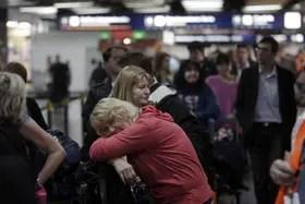 Problemas En Aeroparque Por Un Paro De Los Remiseros Que