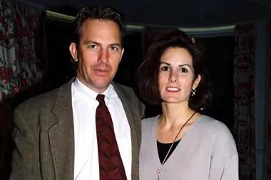 Costner con Cindy Silva, la mujer que conoció en la universidad y fue testigo de su crecimiento como actor en Hollywood