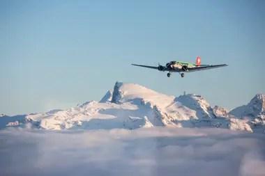 Le vieil avion était utilisé pour des vols touristiques panoramiques