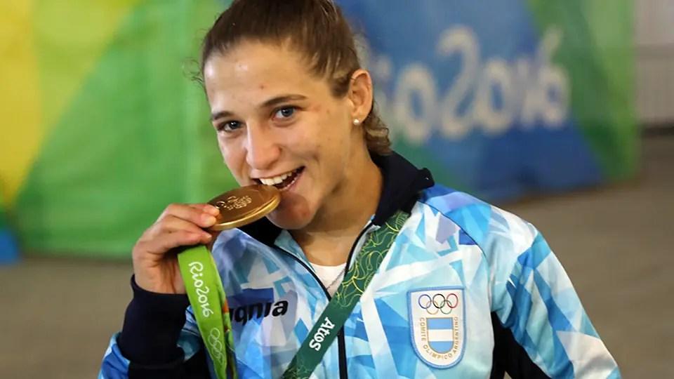Paula Pareto recibirá 70.000 dólares por su presea dorada en judo -48kg