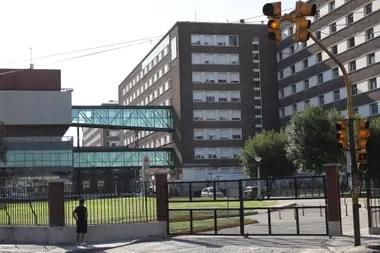 El Hospital Posadas donde se aplicaron al menos 70 vacunas referidas por el gobierno nacional