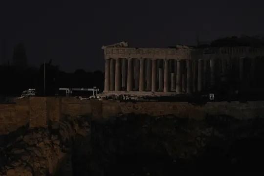 El Partenón, en Atenas, a luz natural. Foto: AP
