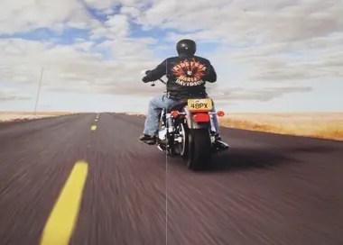 El estudio asegura que andar en moto reduce el estrés y mejora la atención.