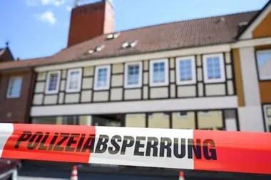 La propiedad en Wittingen fue cerrada por la policía después del último descubrimiento.