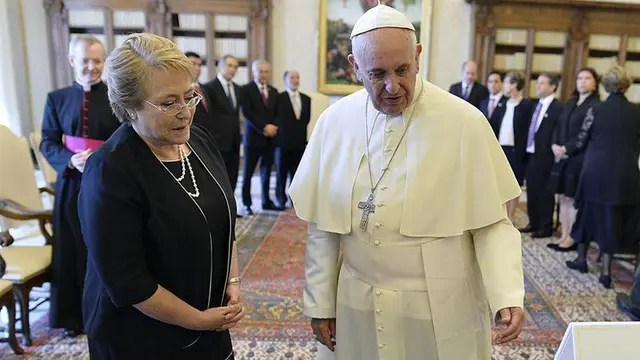 Michelle Bachelet visitó al Papa en junio de 2015
