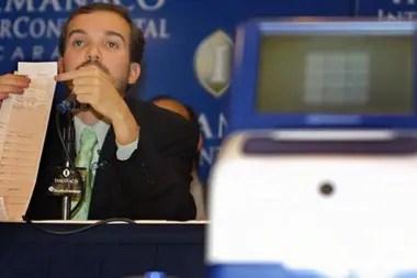 Smartmatic, la dueña de las máquinas de votación, informó que sus datos no coincidían con los del gobierno en las elecciones a la Asamblea Constituyente