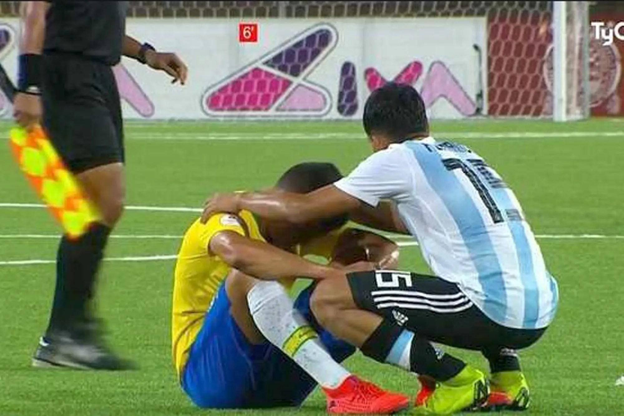 Resultado de imagen para sub 17 argentina saludando a brasil