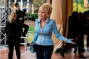 Dolly Parton, creadora y protagonista de la serie basada en sus canciones más conocidas