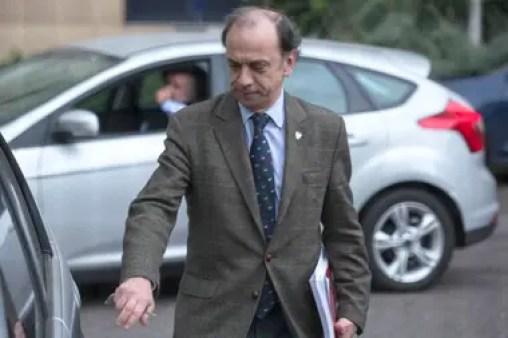 El fiscal general Raúl Pleé, cuestionado por el kirchnerismo, es uno de los afectados por la decisión de la Anses