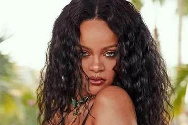 Rihanna, una de las primeras celebridades estadounidenses que colaboró con la lucha contra la pandemia