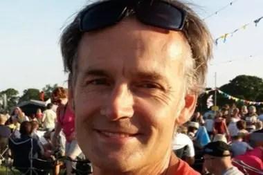 Steve Walsh contrajo el virus en Singapur y se lo pasó a 11 personas