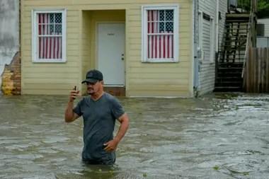 El agua ya subió en varios sectores costeros