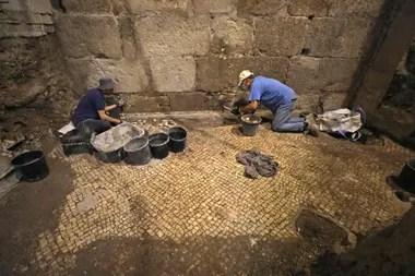 El hallazgo del complejo subterráneo y los objetos encontrados allí permiten darse una idea de cómo era la vida cotidiana en la urbe Jerusalén hace dos milenios