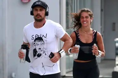 Isabel Pakzad and James Franco met with its fair share of daily exercise and went to do exercises