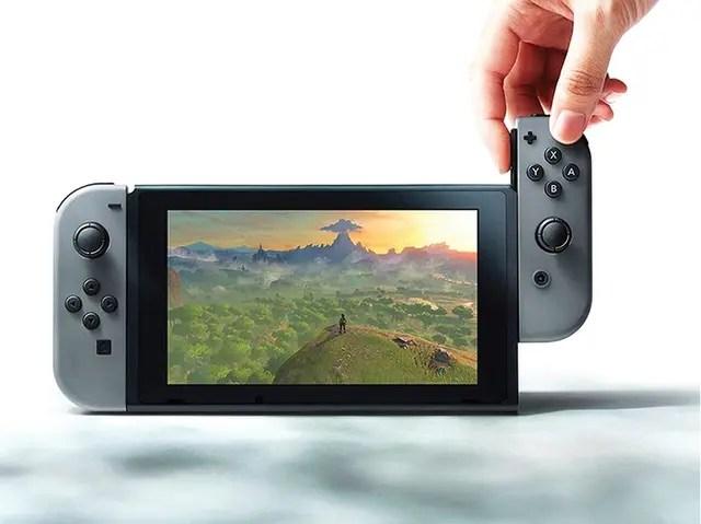 La consola híbrida Switch, de Nintendo, que es portátil y también se puede conectar al televisor, será lanzada al mercado en 2017.
