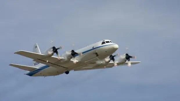 El avión P-3 Orion, de la Nasa, busca el submarino ARA San Juan