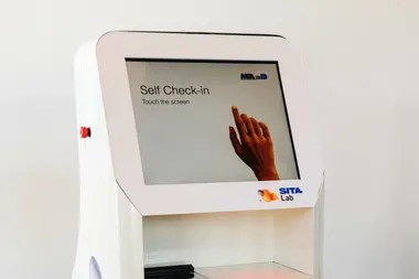 Llegan las terminales móviles para agilizar los trámites de embarque en el aeropuerto