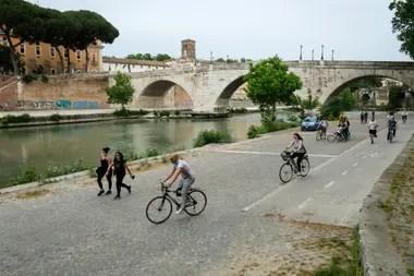 Lugares que en general están repletos de turistas hoy solo se ven pocas personas que habita en la zona