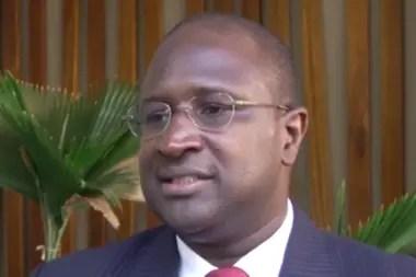 Amadou Sall, un virólogo de Senegal que trabaja para democratizar las formas de testeo accesibles