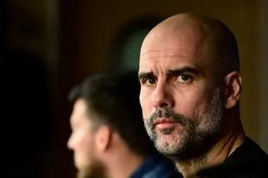 El manager español del Manchester City, Pep Guardiola, durante una conferencia de prensa en el estadio Santiago Bernabeu de Madrid el 25 de febrero de 2020