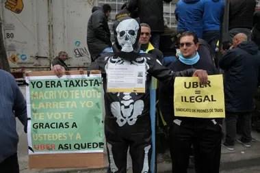 Manifestación del sindicato de Taxistas en contra de UBER.