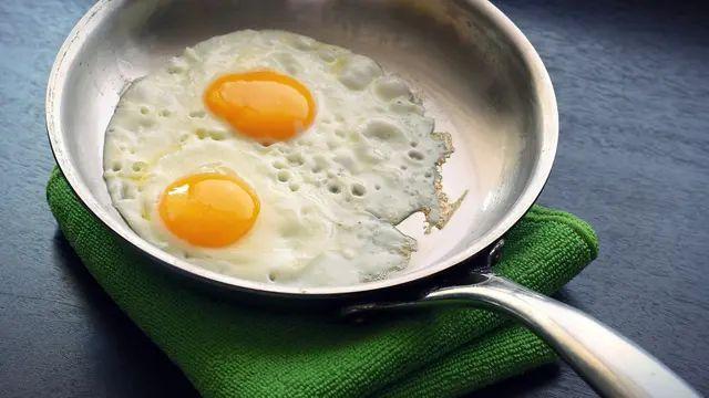 Los huevos pueden consumirse duros o fritos siempre que se use aerosol vegetal