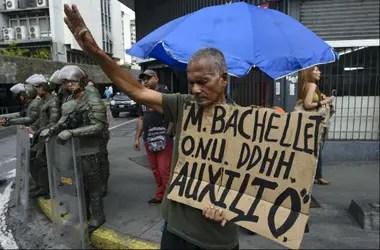 Bachelet visitará presos políticos y organismos de derechos humanos críticos de Nicolás Maduro.