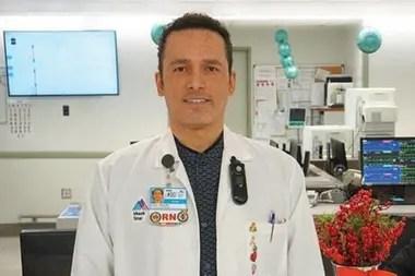 Kious Kelly, el primer trabajador sanitario víctima de la pandemia en Nueva York