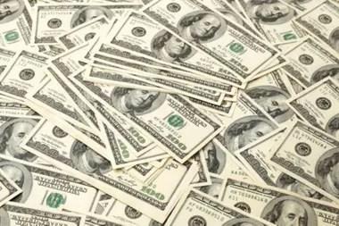 Si hay liquidez excedente, podría aumentar la brecha entre el dólar oficial y el blue o paralelo