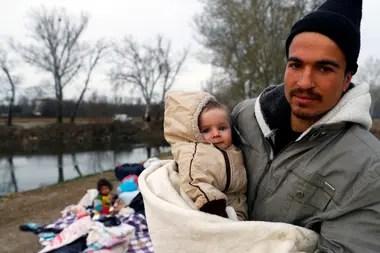 Refugiados sirios huyeron de la violencia a Turquía