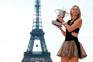 Sharapova supo dominar el polvo de ladrillo de Roland Garros