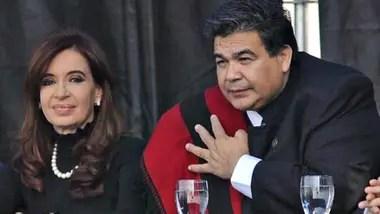 Mario Ishii, en un acto con Cristina Kirchner en 2011