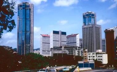 Hasta 2003 las torres de Parque Central fueron las más altas de América Latina (foto de 1983)