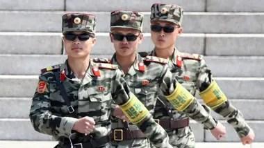 Jeon comenzó su carrera haciendo el servicio militar obligatorio Crédito: BBC