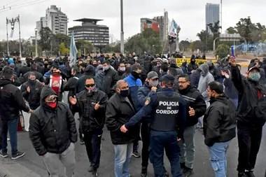 En Córdoba los choferes llevan 15 días de huelga