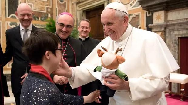 El Papa recibió ayer a una delegación de atletas con discapacidades