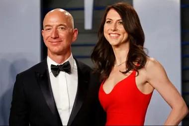 El fundador y director ejecutivo de Amazon se divorció de su esposa MacKenzie, novelista, en 2019